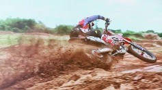 Trey Canard VIDEO dall'infortunio al podio