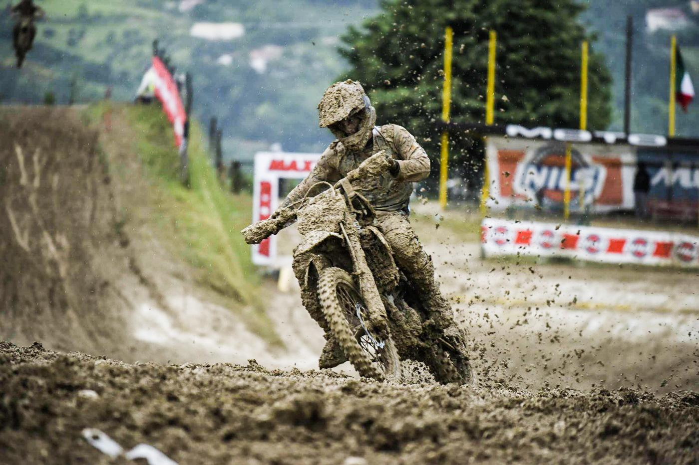 Cingoli Al via il campionato italiano Motocross mud