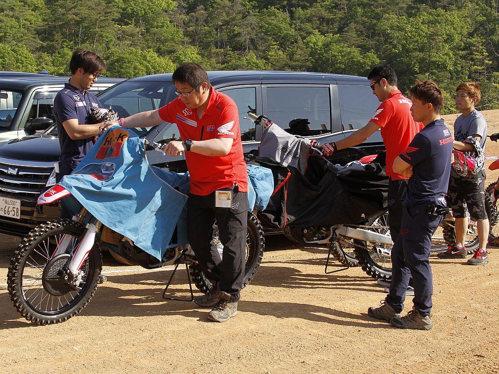 Honda Crf 250r My18 Preview E Specifiche Tecniche Motocrossit