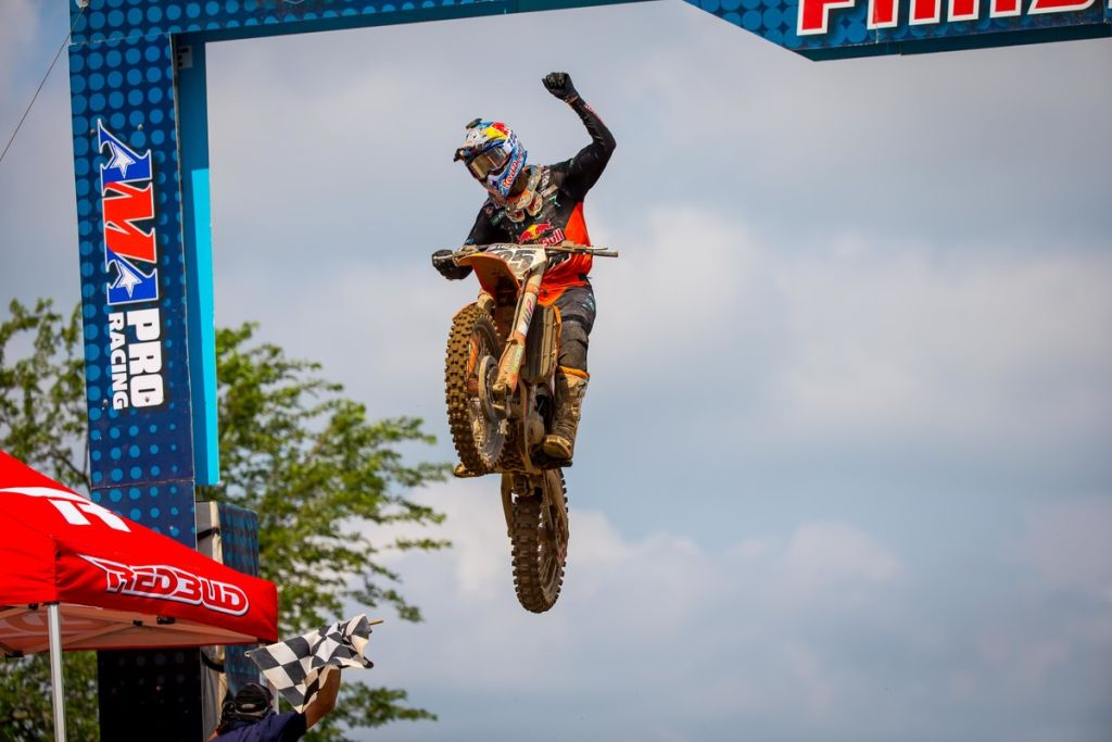 AMA National Red Bud Musquin 2019